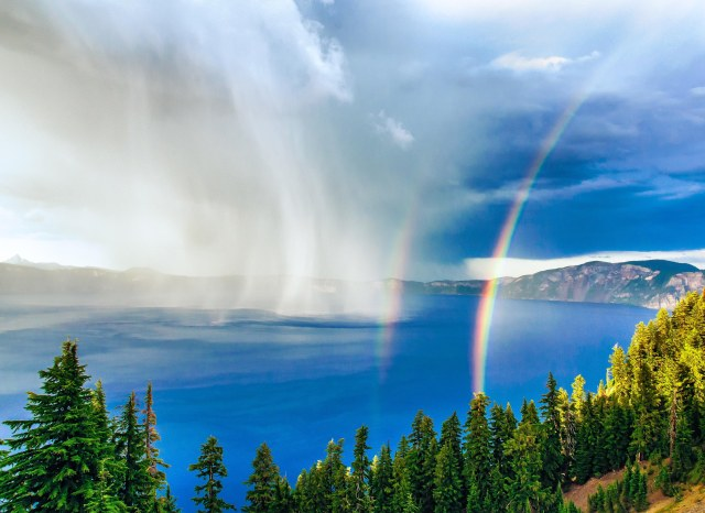 Crater Lake by Duke Miller, 3rd Place Outdoor Photographer National Landscape Contest